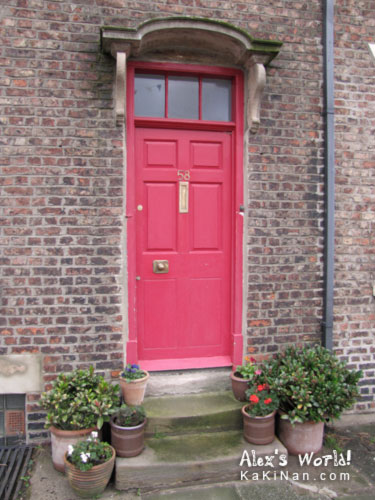 Red door at tynemouth